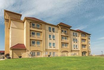 La Quinta Inn & Suites by Wyndham Fort Worth - Lake Worth