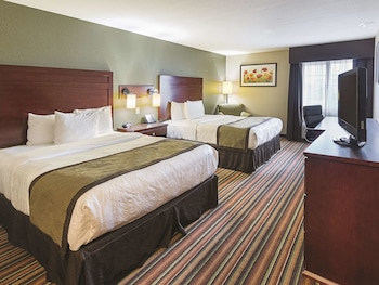 Room, 2 Queen Beds, Accessible, Non Smoking (Mobility Accessible)