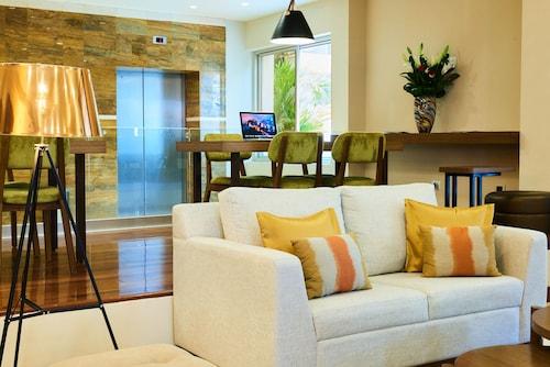 . Suites las Palmas, Hotel & Apartments