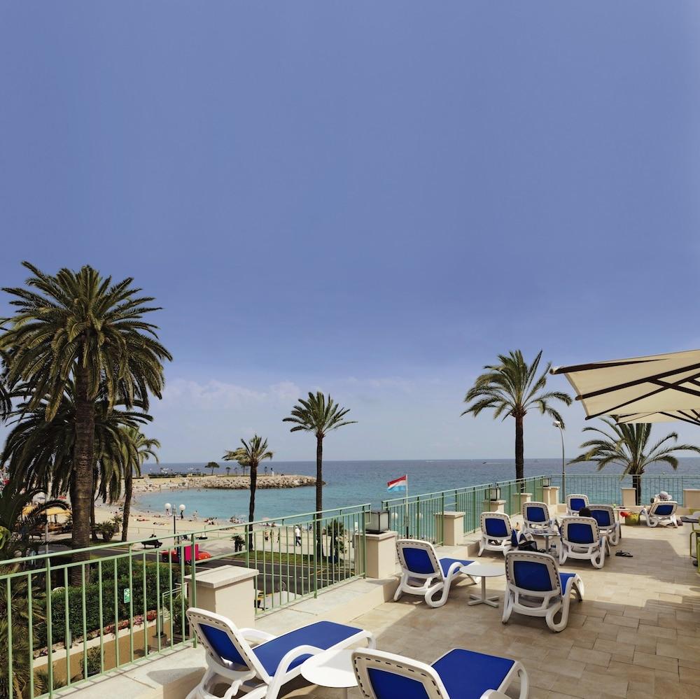 """벨람브라 클럽 오텔 망통 """"르 방돔""""(BELAMBRA CLUBS HÔTEL MENTON """"LE VENDÔME"""") Hotel Image 11 - Sundeck"""