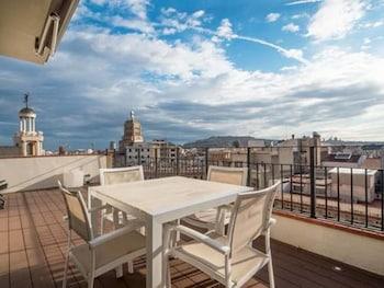 Rent Top Apartments Rambla Catalunya - Balcony  - #0