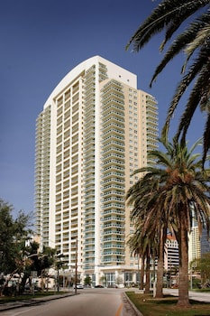 Hotel - Churchill Suites Miami Brickell