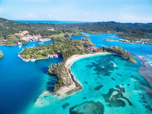 . Fantasy Island Beach Resort, Dive and Marina All Inclusive