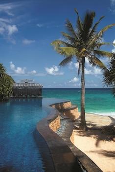 Shangri-La Boracay Pool