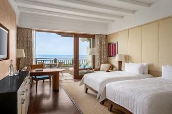Shangri-La Boracay Room