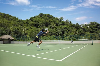 Shangri-La Boracay Tennis Court