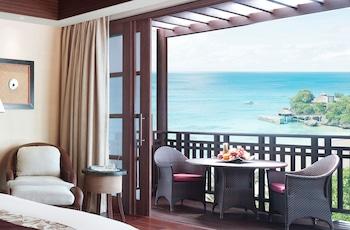 Shangri-La Boracay Guestroom View