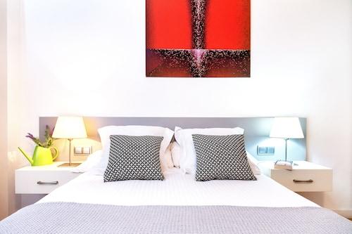 Feelathome Cabanyes Apartment, Barcelona