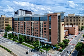 Residence Inn Norfolk Downtown photo