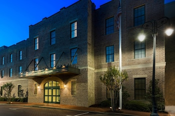 Residence Inn by Marriott Savannah Downtown/Historic Distric
