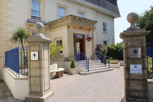 . Hampshire Hotel