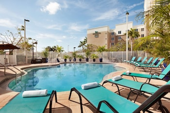 邁爾斯堡機場/FGCU 希爾頓欣庭飯店 Homewood Suites by Hilton Fort Myers Airport/FGCU