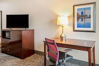 休士頓 - 馬格諾里亞溫德姆拉昆塔套房飯店 La Quinta Inn & Suites by Wyndham Houston - Magnolia