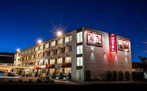 . Carson Tahoe Hotel