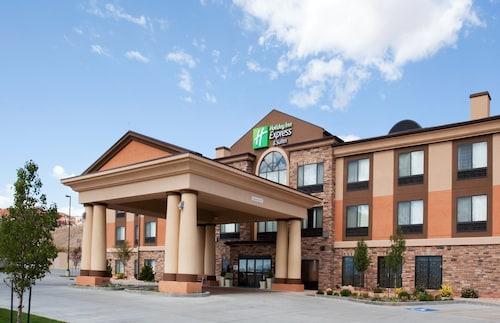 __{offers.Best_flights}__ Holiday Inn Express Hotel & Suites Richfield