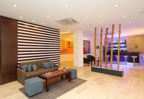 . Centrum Hotel