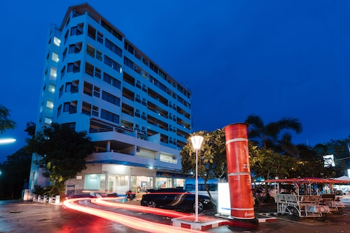 Nice Beach Hotel, Muang Rayong
