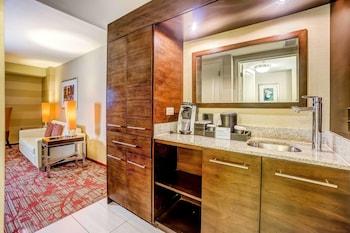 Premium Suite, 2 Queen Beds, Non Smoking