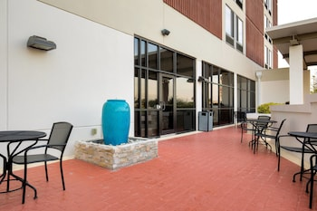 McAllen Vacations - SpringHill Suites by Marriott McAllen Convention Center - Property Image 1