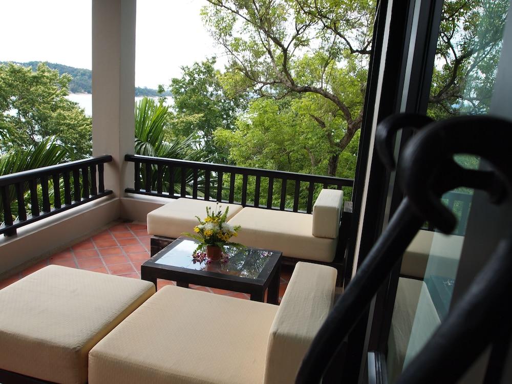 라차 키리 리조트 & 스파(Racha Kiri Resort and Spa) Hotel Image 17 - Terrace/Patio