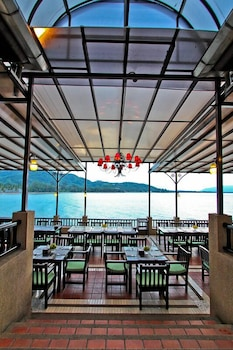 라차 키리 리조트 & 스파(Racha Kiri Resort and Spa) Hotel Image 34 - Restaurant