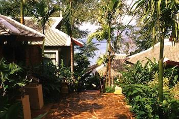라차 키리 리조트 & 스파(Racha Kiri Resort and Spa) Hotel Image 43 - Property Grounds