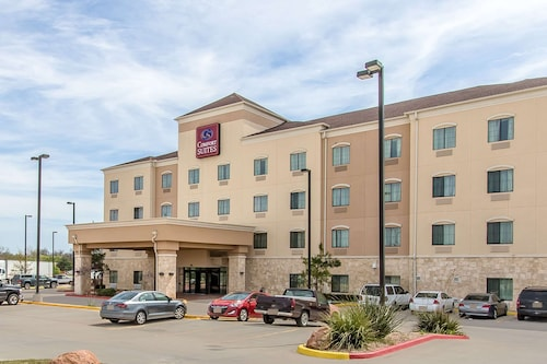 . Comfort Suites Lawton Near Fort Sill