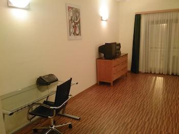 Executive Apartment, Kitchen