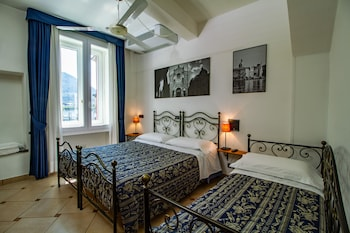 Standard Suite, 2 Bedrooms, Ensuite (5 pax)