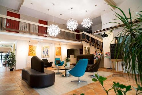 . Hôtel Ariane