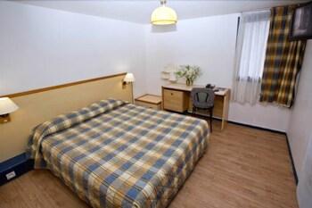 Hotel - Hipotel Marne la Vallée