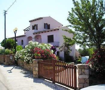 Hotel - Casa Debili