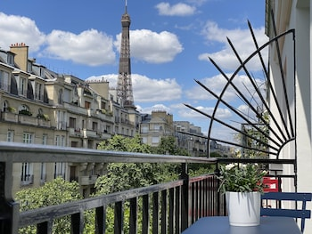 Chambre Classique - Balcon Tour Eiffel