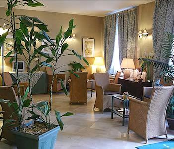 파크 호텔 파리(Parc Hotel Paris) Hotel Image 2 - Lobby Sitting Area