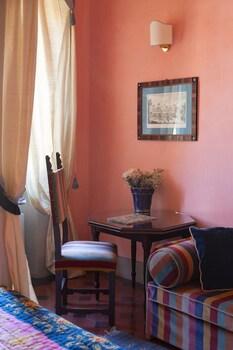 アンティカ ディモーラ ヨーレア - アンティケ ディモーレ フィオレンティーネ