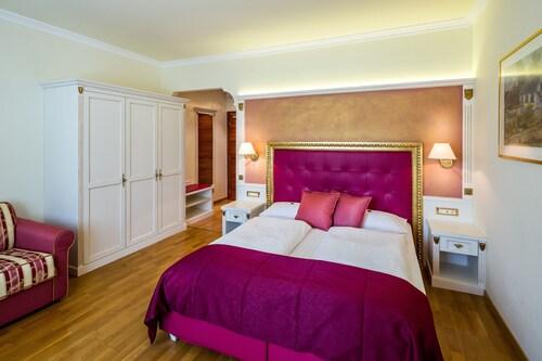 . Windsor Hotel