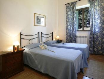 Standard Apartment (I)