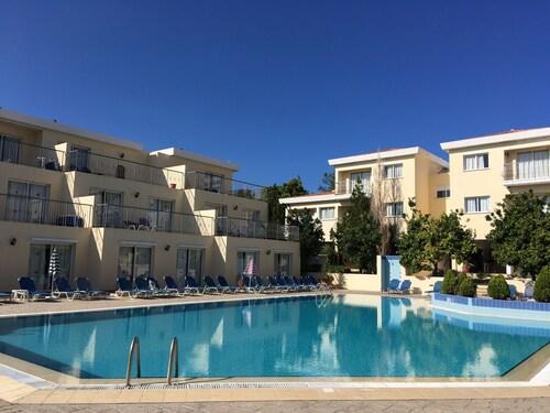 __{offers.Best_flights}__ Nicki Holiday Resort