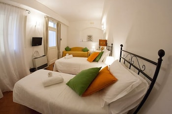 Standard Twin Room (with sofa)