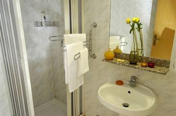 Hotel XXII Marzo - Bathroom  - #0