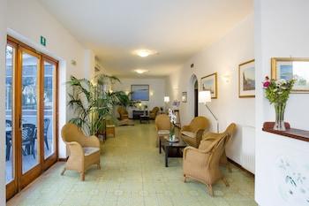 安吉利納飯店
