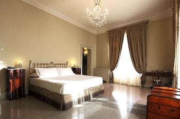 Premium Room, Bathtub, Corner (Triple)
