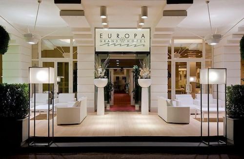 . Grand Hotel Europa