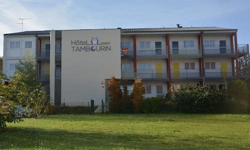 . Hotel Tambourin