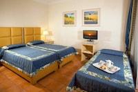 Triple Room, Patio
