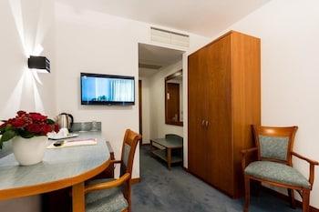 Hotel Duke Romana - Guestroom  - #0