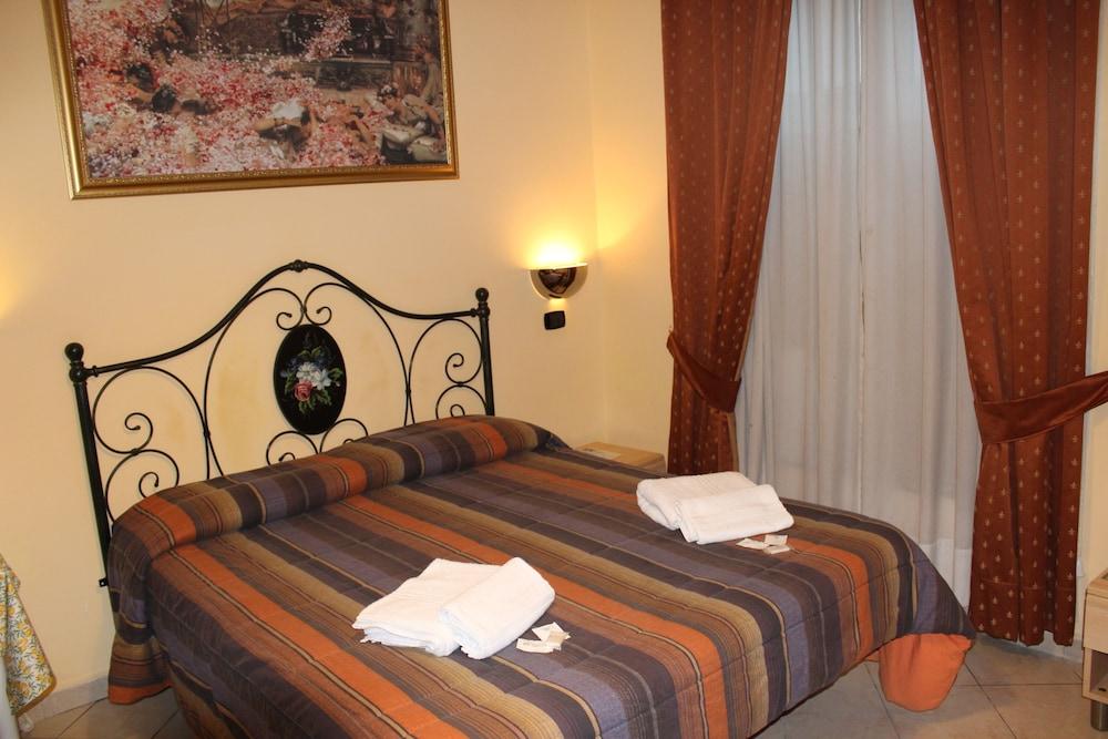 바티칸 B&B(Vatican Bed & Breakfast) Hotel Image 6 - Guestroom