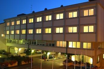Hotel - Augustus Hotel