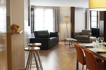 Hotel - Aspasios Plaza Real Apartments