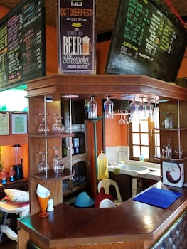 Dona Marta Boutique Hotel Hinunangan Hotel Bar